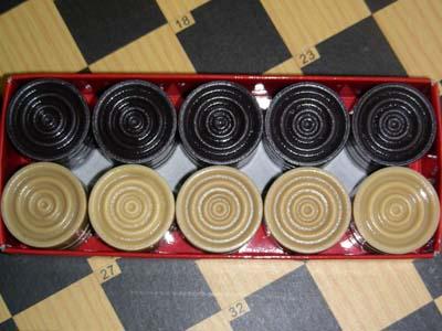 棋子; 塑制国际跳棋